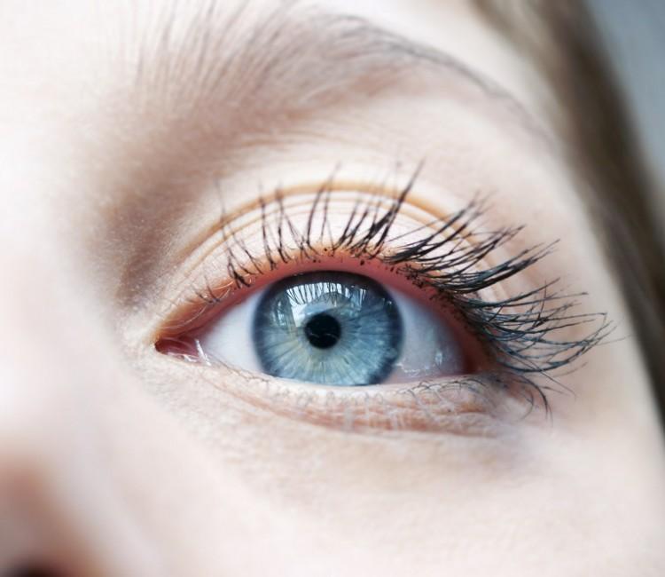 soczewki miesięczne - jakie wybrać?